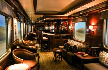 Club Car - Smoking Lounge